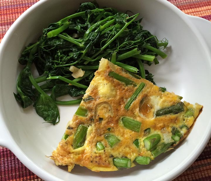 farmers-market-finds-cooking-with-fresh-herbs-and-pea-shoots-3